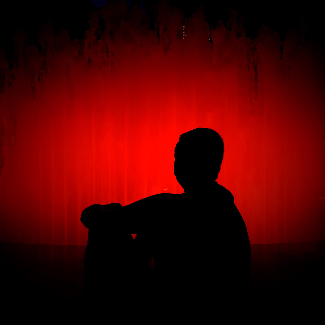 Silhouette_in_Red